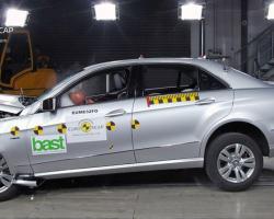 Краш-тест автомобиля Mercedes-Benz E-Class